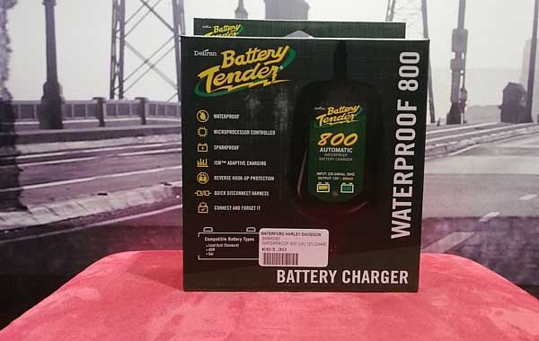 BATTERY TENDER 12V CHARGER